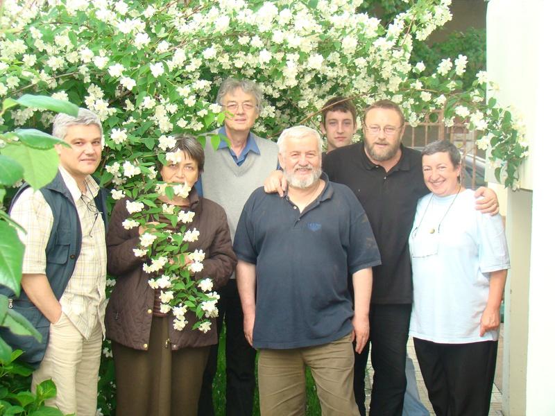 Silviu Despa, Constanta Costea, Costion Nicolescu, Pr. Cristian Popescu, Paul, Gabriel si Mihaela Klimowicz